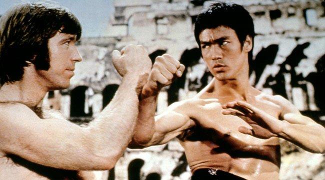 Bruce Lee harc közben